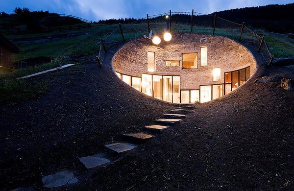 Villa-Hole by Dutch architectural studio